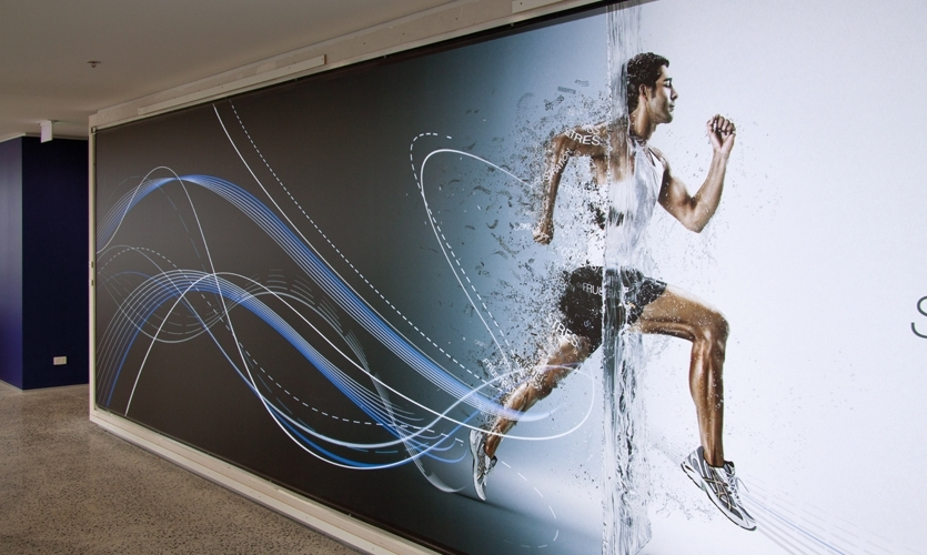 Working in collaboration with WMK Architecture, THERE was asked to highlight ASICS' dual focus on movement and technology, providing a stimulating environment while reminding staff and visitors of the company's core brand values.