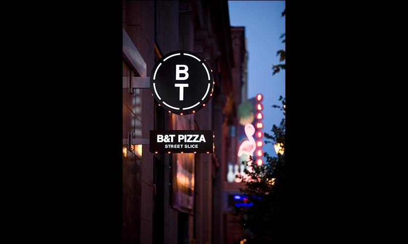 Signage, B&T Pizza, Kuhlmann Leavitt
