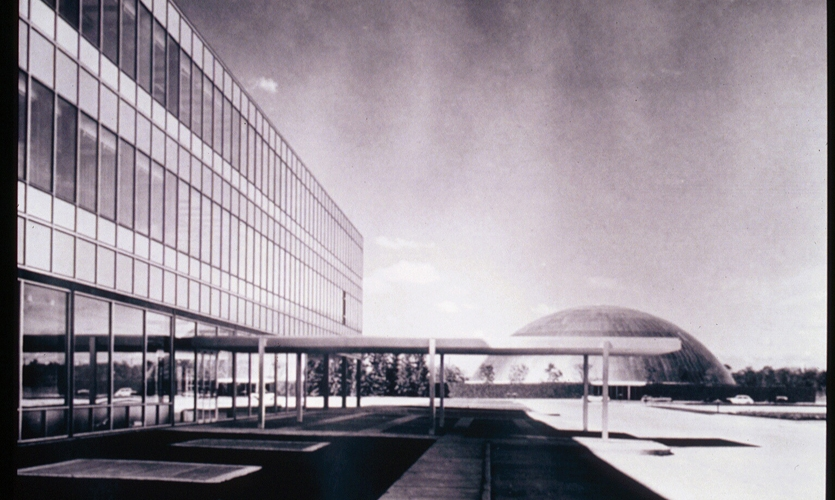 General Motors Technical Center, Two Twelve Associates