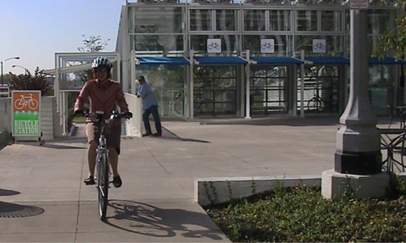 Cyclist, People Powered, Kimberly Viviano, School of the Art Institute of Chicago