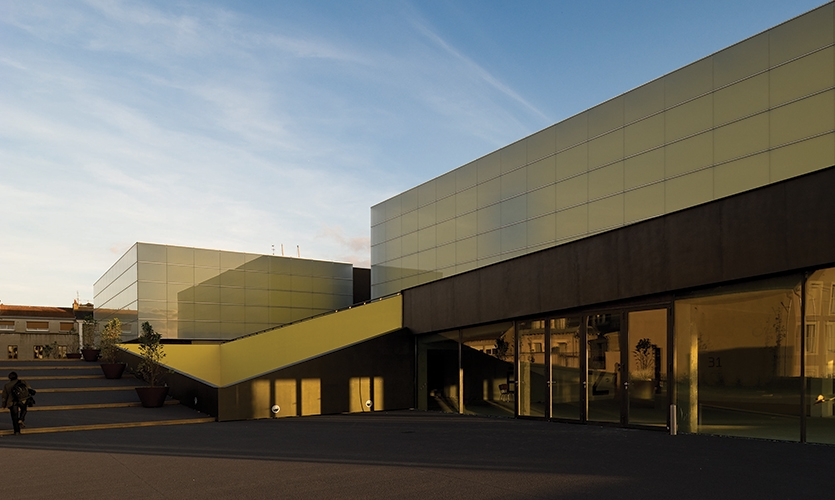 Exterior, Theatre and Auditorium Poitiers (TAP), JLCG Archtects, P-06 Atelier