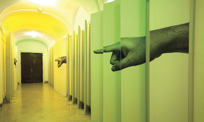 Pointing Left, Hand to Hand, PRINT IT!, María de Ros, Daniel Loewe