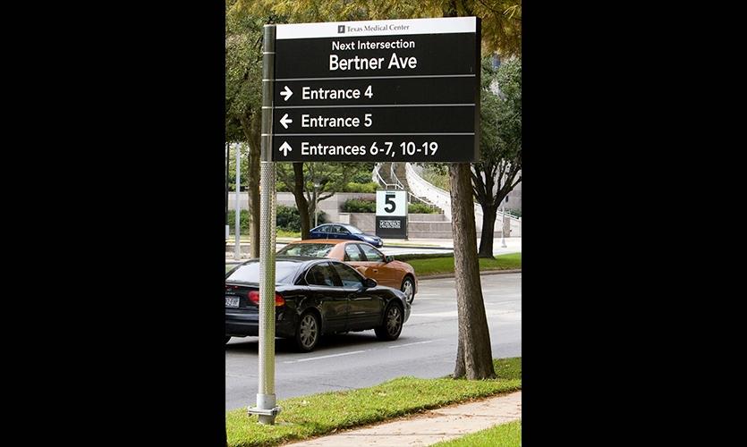 Directional Signage, Texas Medical Center Wayfinding Master Plan, fd2s Inc.