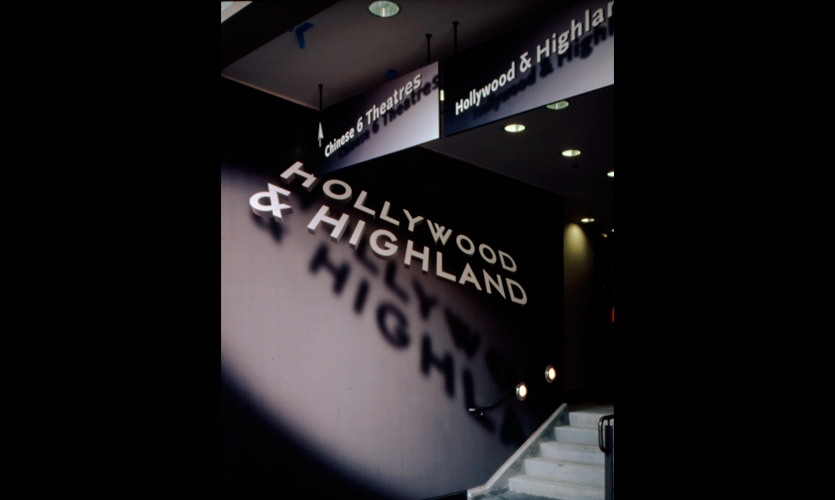 Signage, Hollywood & Highland Retail, TrizecHahn Development Corporation, Sussman/Prejza & Co.