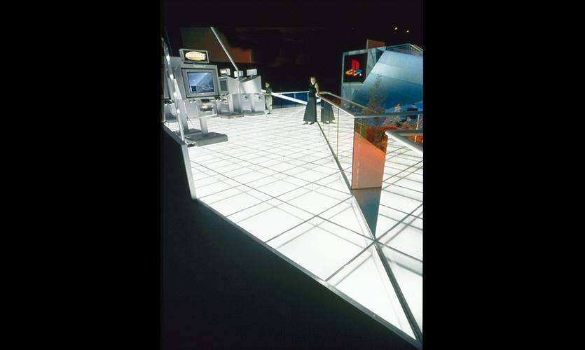 Exhibit Floor, Sony PlayStation E3 2001 Exhibit, Sony Computer Entertainment America, Mauk Design