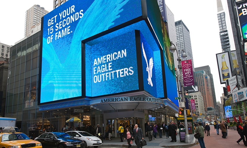 Screens on Building, American Eagle Outfitters Flagship Spectacular, American Eagle Outfitters, The Barnycz Group