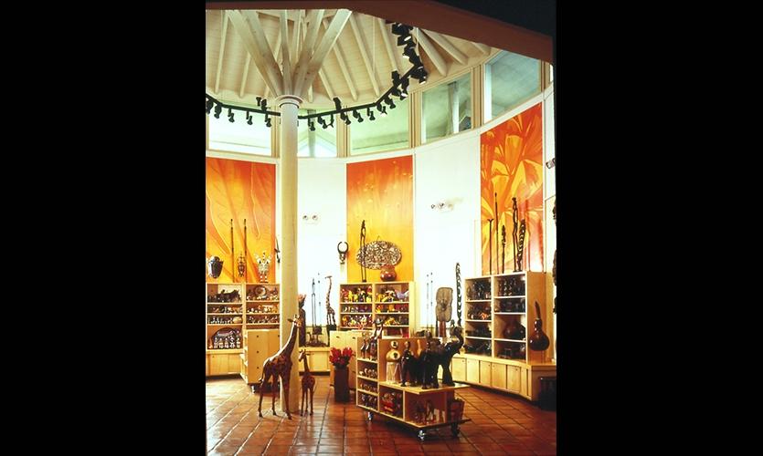 Store Floor, San Diego Zoo Store, The Zoological Society of San Diego, Esherick Homsey Dodge & Davis, Schwartz Architects