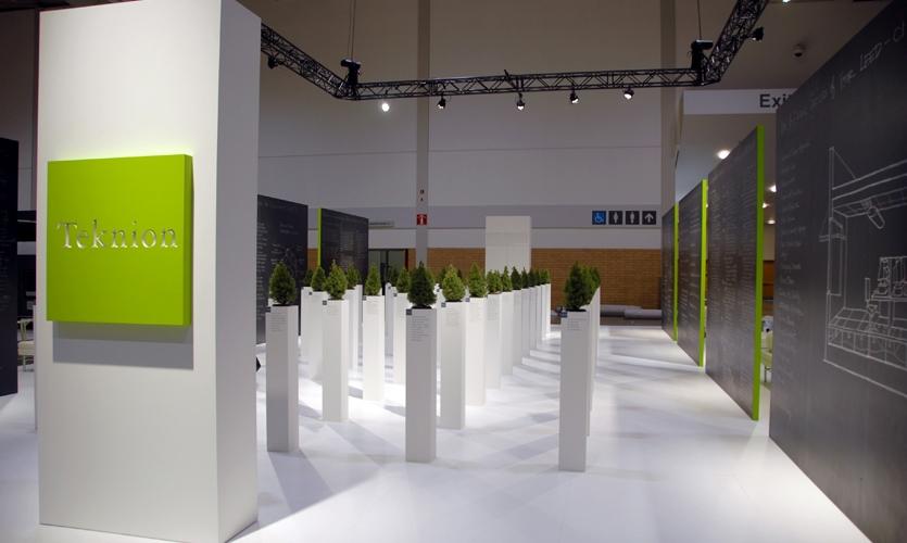 Pylon with Trees, Teknion IIDEX Exhibit 2006, Vanderbyl Design