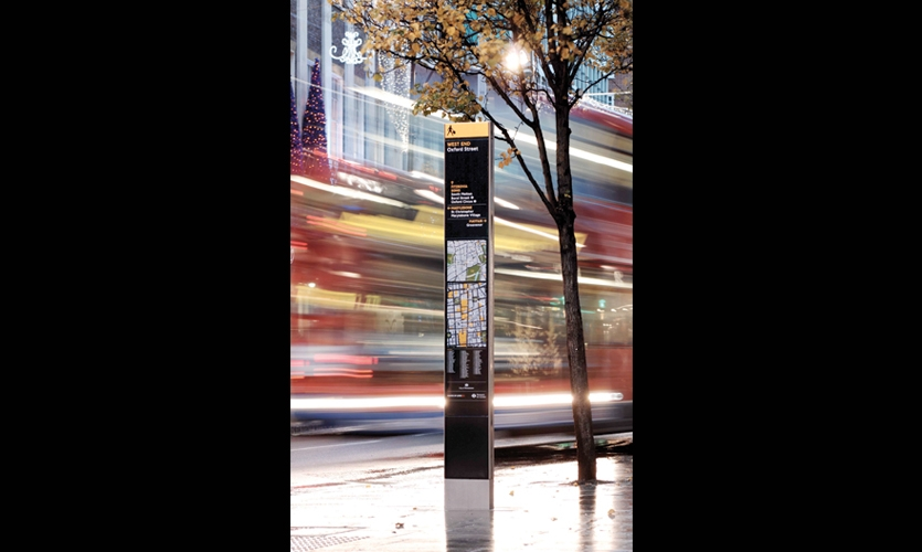 Signpost, Legible London, Westminster City Council, Applied Information Group, Lacock Gullam