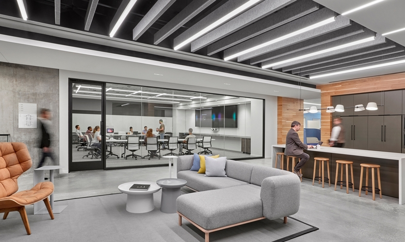 The vision for the space was of an immersive experience that would take visitors and employees alike into the heart of an ambitious, globally-minded company