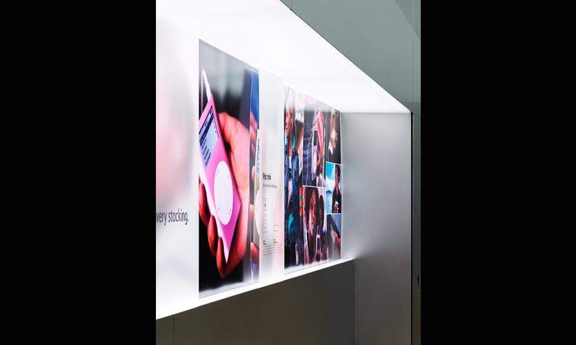 Backlit Graphics, Mini Store, Apple Computer