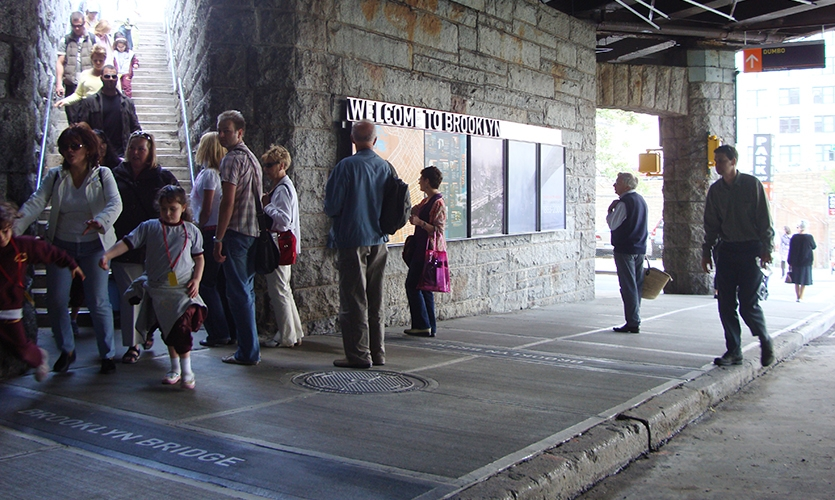 Visitors, Brooklyn Bridge Pedestrian Improvements, Dumbo Improvement District, emphasis design