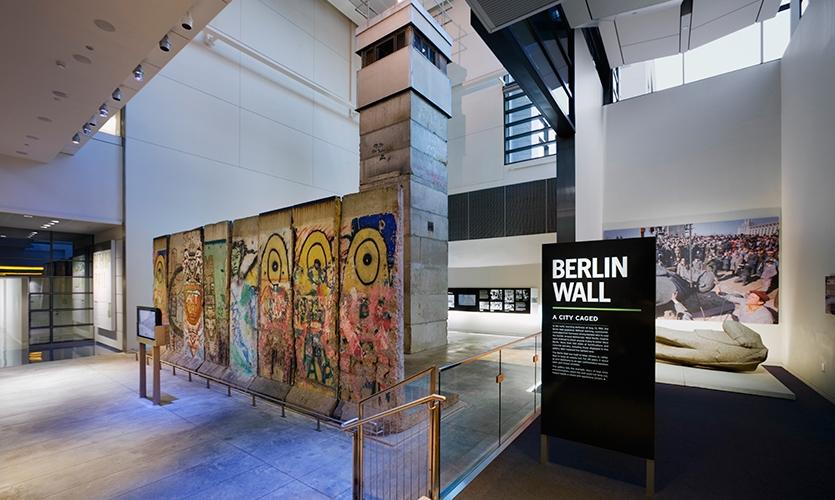 Berlin Wall, Newseum, Ralph Appelbaum Associates