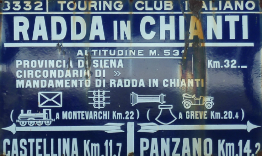 Fig. 1. Roadside sign, Italy