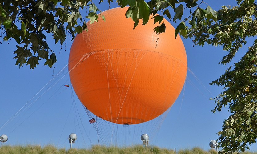 Non-signage elements (such as the hot air balloon featured above, Irvine Great Park, California) help support a healthy wayfinding signage system. Image courtesy LowAltitude on Flickr.