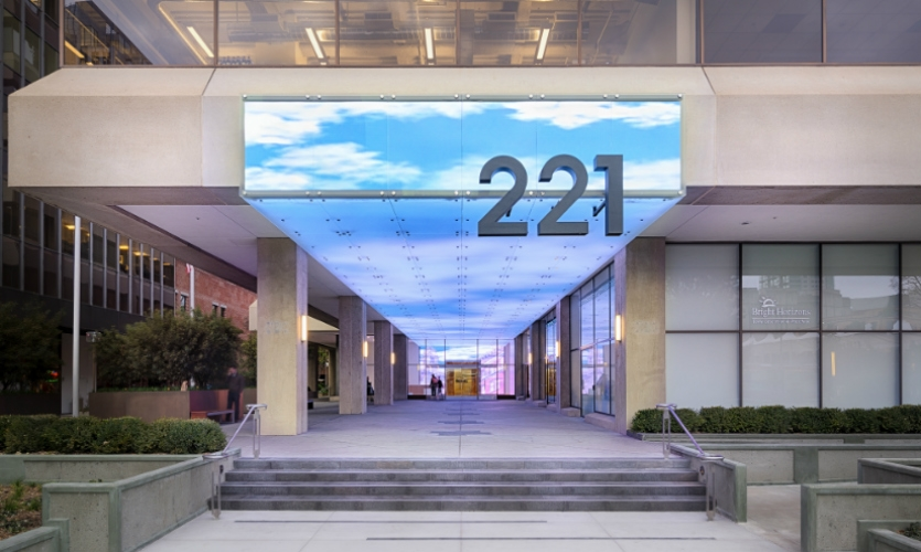 221 Main Street Digital Facade Segd