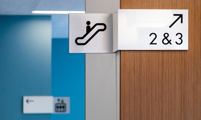 University of the Pacific Dugoni School of Dentistry, San Francisco, California (RSM Design). (Image: wayfinding sign, by Donald Satterlee Photography)