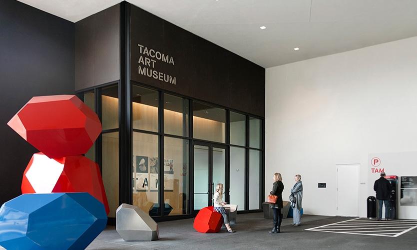 Tacoma Art Museum parking level signage.