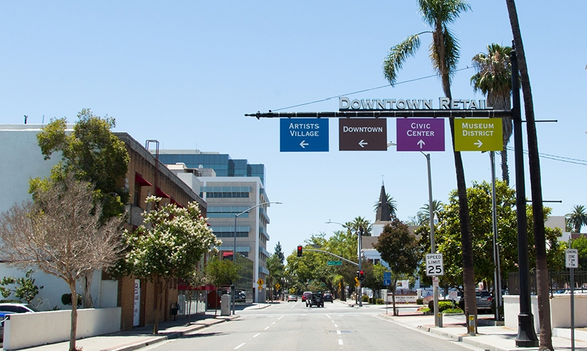 Downtown Santa Ana, Calif. has six districts that are home to thriving local businesses, residences and government buildings: Fourth Street or Calle Cuatro, East End, West End, Artists Village, Civic Center and the Museum District.