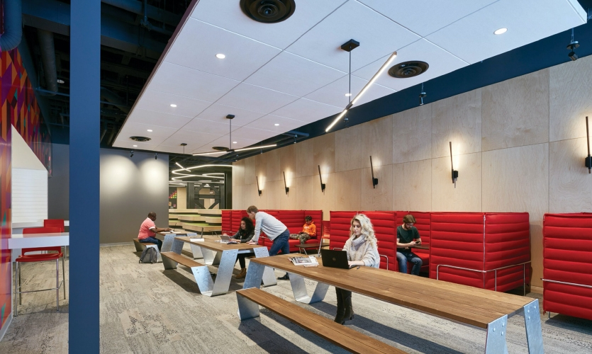 For this particular project, the Entro team became involved early on after collaborator, Diamond Schmitt Architects had planned the space