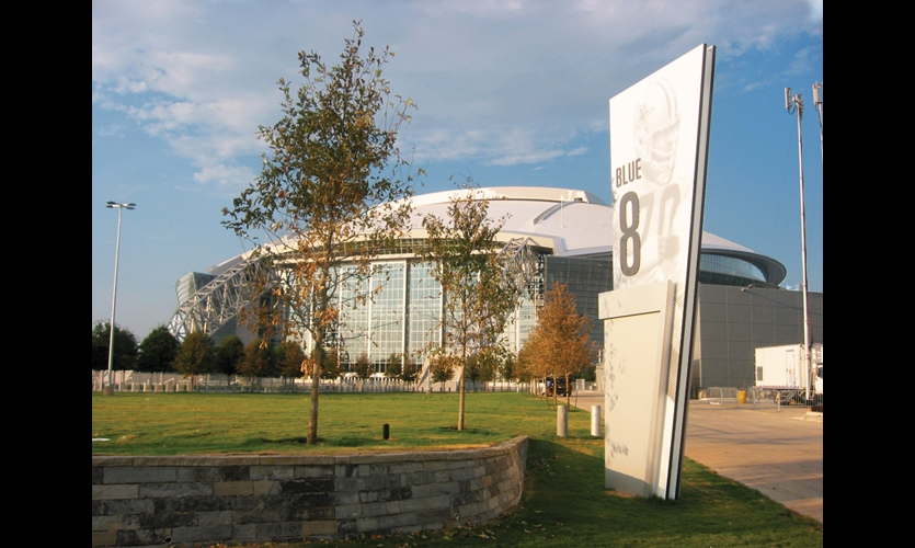 At 2.3 million sq. ft., the new Dallas Cowboys Stadium is the largest NFL stadium in the world. SPD collaborated with HKS Architects and the Dallas Cowboys to create a comprehensive program of exterior and interior signage and amenities.