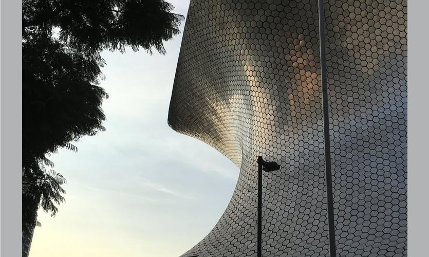 Museo Soumaya: This is a good example of a lot of money spent on architecture.