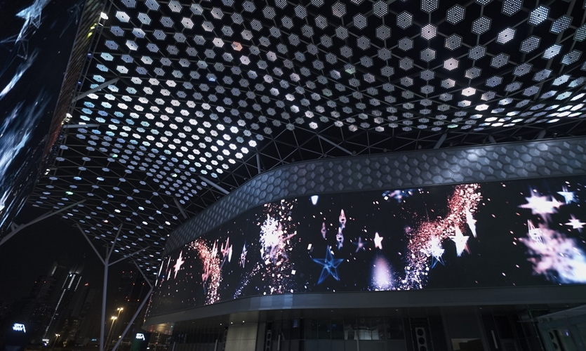 The Gateway is outfitted with two massive LED screens, 70- and 85-meters long.
