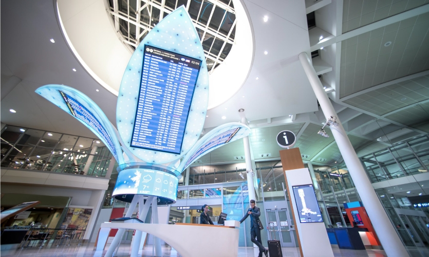 Project: Toronto Pearson Airport Terminal 1 |  Designed by Eventscape, fabricated by Eventscape and NanoLumens, installation and photo by Icon Media