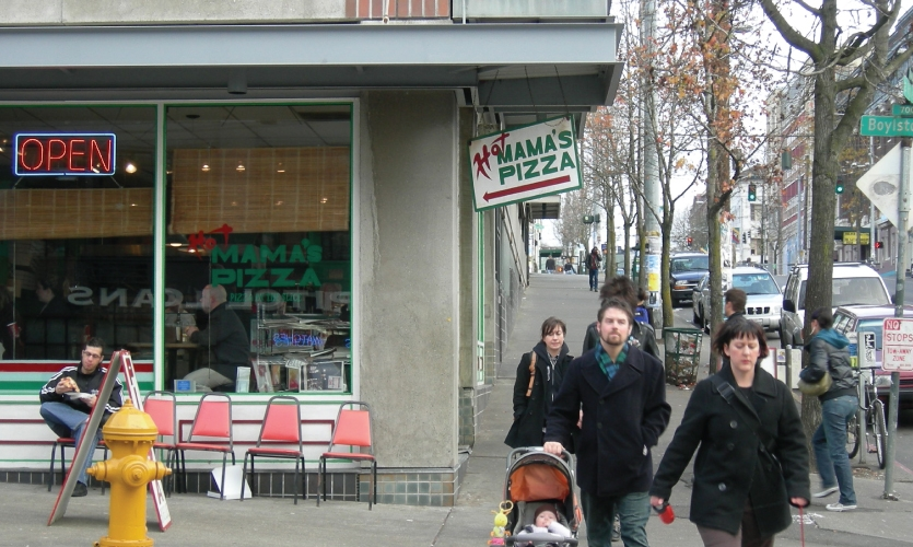 Need an East-Coast Pizza Fix Out West? (Photo: Hot Mama's Pizza- Wikimedia Commons)
