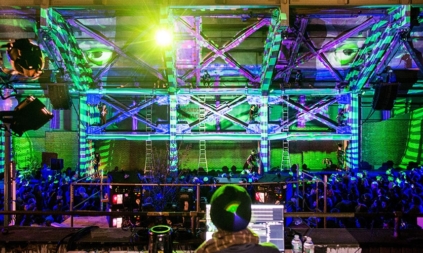 Since 2014, Materials & Methods has directed and produced the ILLUMINUS Festival in Boston.