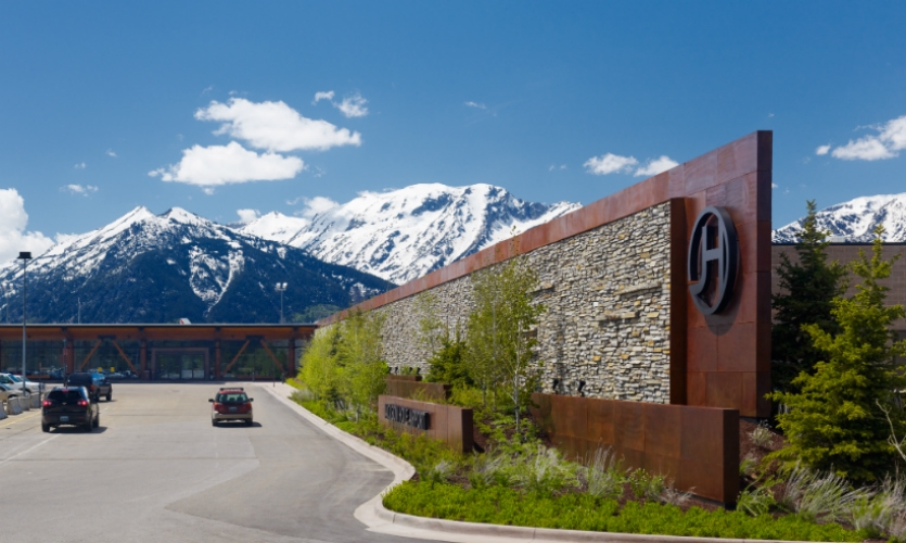 Jackson hole airport branding and wayfinding segd for Red chair design jackson wy