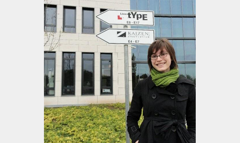 A throwback to 2010, when I had short hair and visited Linotype's HQ.