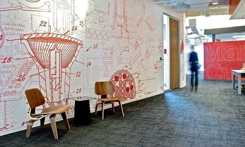 Para ajudar a avançar LEED objetivos do edifício, GHD especificado Terralon Terra Wallcovering Inteligente.