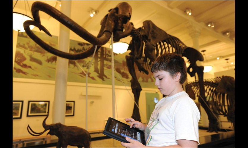 The American Museum of Natural History Explorer is an iPhone app that helps visitors find their way through the museum's 46 permanent exhibition halls in a complex of 26 buildings.