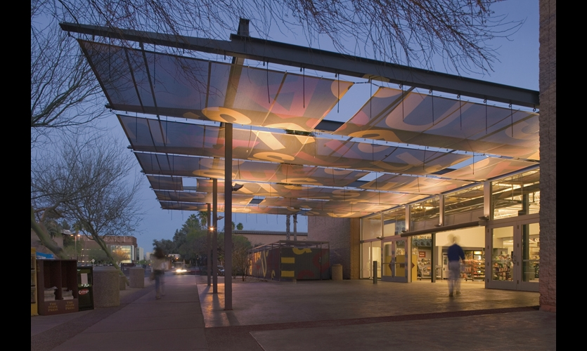 Arizona State University Bookstore. Design: Studio Ma. Fabrication: Rainier Industries