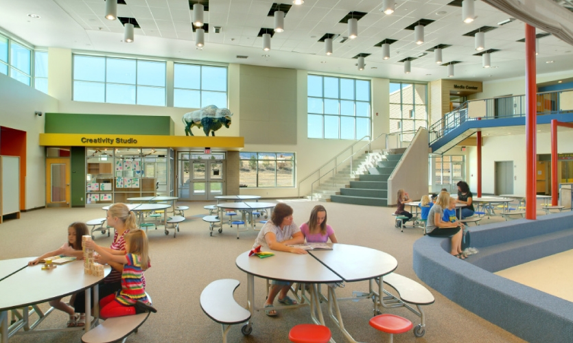 Interior Commons, Summit Elementary School [Photo: Fred Fuhrmeister]