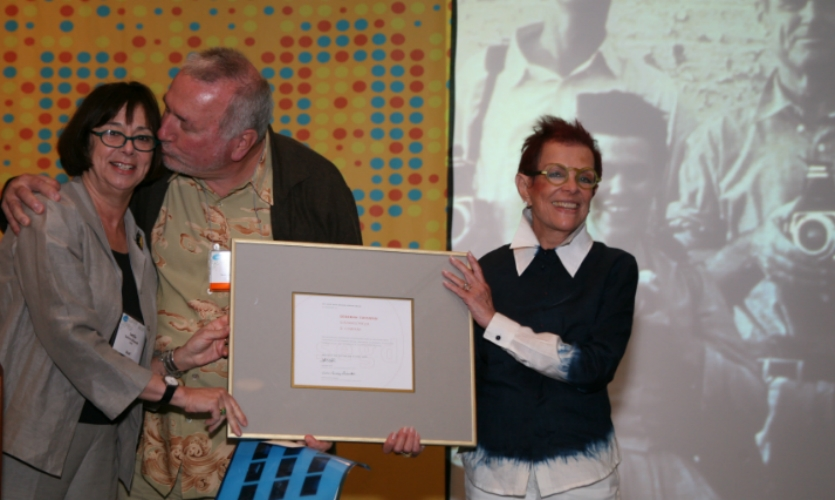 Sussman received SEGD's Golden Arrow Award in 2006 at the SEGD Conference in Hollywood. Her husband Paul Prejza was on hand for the ceremony; former SEGD CEO Leslie Gallery Dilworth bestowed the award.