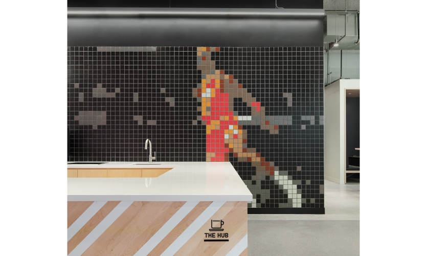 There certainly is no dearth of non-traditional meeting spaces that encourage creative collaboration in the office, from a kitchen with a Michael Jordan backsplash to a full-on functioning food truck.