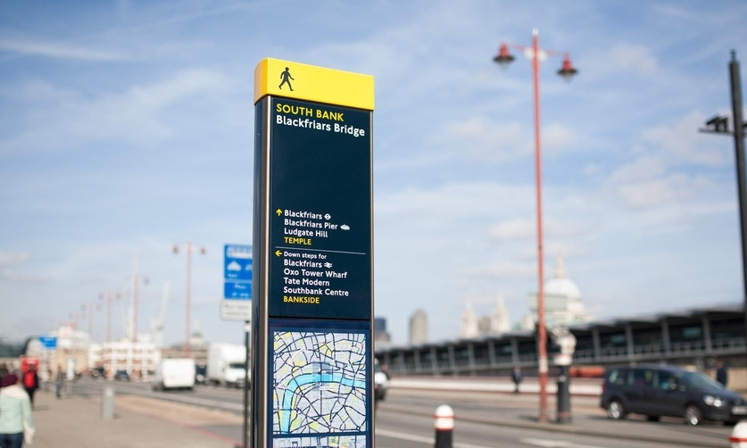 """The consolidation of information and the consistent and clear delivery of the information made Legible London the benchmark for wayfinding signage systems."" (Image courtesy Tom Page on Flickr.)"