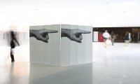 Pointing Right, Hand to Hand, PRINT IT!, María de Ros, Daniel Loewe