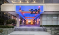 AV&C worked with ESI Design to transform the façade, entry passage, and lobby of 221 Main Street, San Francisco, into an architectural media element.
