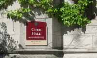 The University of Chicago is an architectural jewel in south Chicago, but it is a hard jewel to find.