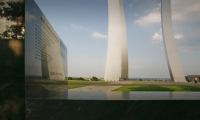 In contrast to its soaring stainless steel spires, the United States Air Force Memorial incorporates a wide variety of stone carving techniques, from hand carving to sandblasting and bas relief. (Photo: Marcel Mächler, Inc.)