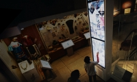 Native American Voices at the Penn Museum; Bluecadet created 12 Interactive Object Touchscreens that—with the tap of a finger—offer rotated views and dynamic, in-depth artifact information.