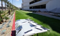 """Each """"pixel"""" is each coupled with a small photovoltaic cell, a receiver and an electricity-storing super capacitor."""