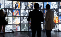 The Half-frame Room is an ever-changing mirrored gallery that reveals the surprising links between the sartorial trends captured by Cunningham and today's latest street styles. This dynamic display is powered by AI, editorial photos supplied by Shuttersto