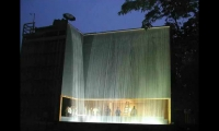 (2007) A full-scale, operable corner of the fountain was built by Dan Euser Waterarchitecture in the back yard of his suburban Toronto home. The flow and character of the mock-up is quite similar to the final iteration.