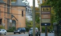 Meeker used historic colors and framing devices for the signage for the Historic River Towns of Westchester, which covers a dozen towns along the east side of the Hudson River.