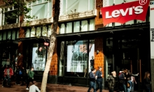Reflect and PixelFLEX™ open the windows for Levi's on Market Street