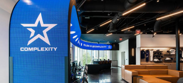 Daktronics and DCL Deliver Curved LED Feature Display for Complexity Gaming